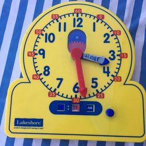 Lakeshores teaching clock